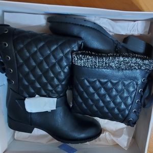 Brand new Just Fab size 6